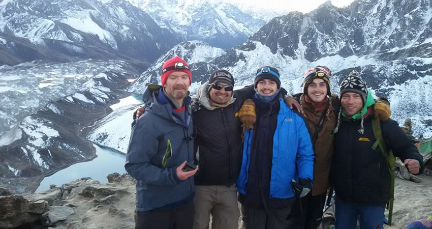 Group on the top of Gokyo-Ri